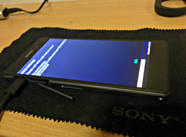 Sony-D6503-Leak</em>1-640x473